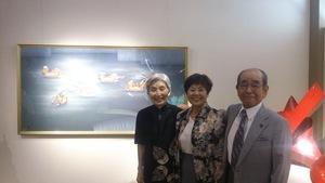 伊藤裕司氏ご夫妻と小倉敏江、 再開された作品